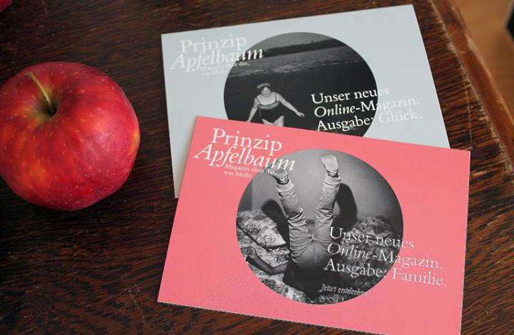 Postkarten mit den Covern des Online-Magazins